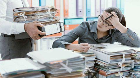 Auditor shortage delays Reading Council accounts
